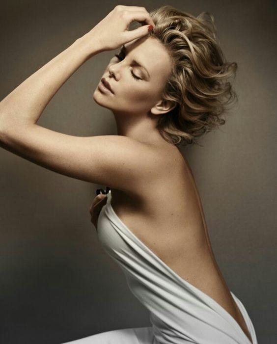 nude erotica foto moteris mergina gundo